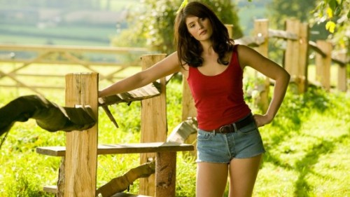 9-gemma-arterton-Hansel-and-Gretel-witch-hunters-560x315