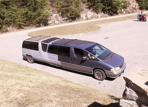 Redneck DIY Projects - Graduamation Limo @ 10GoneViral.com
