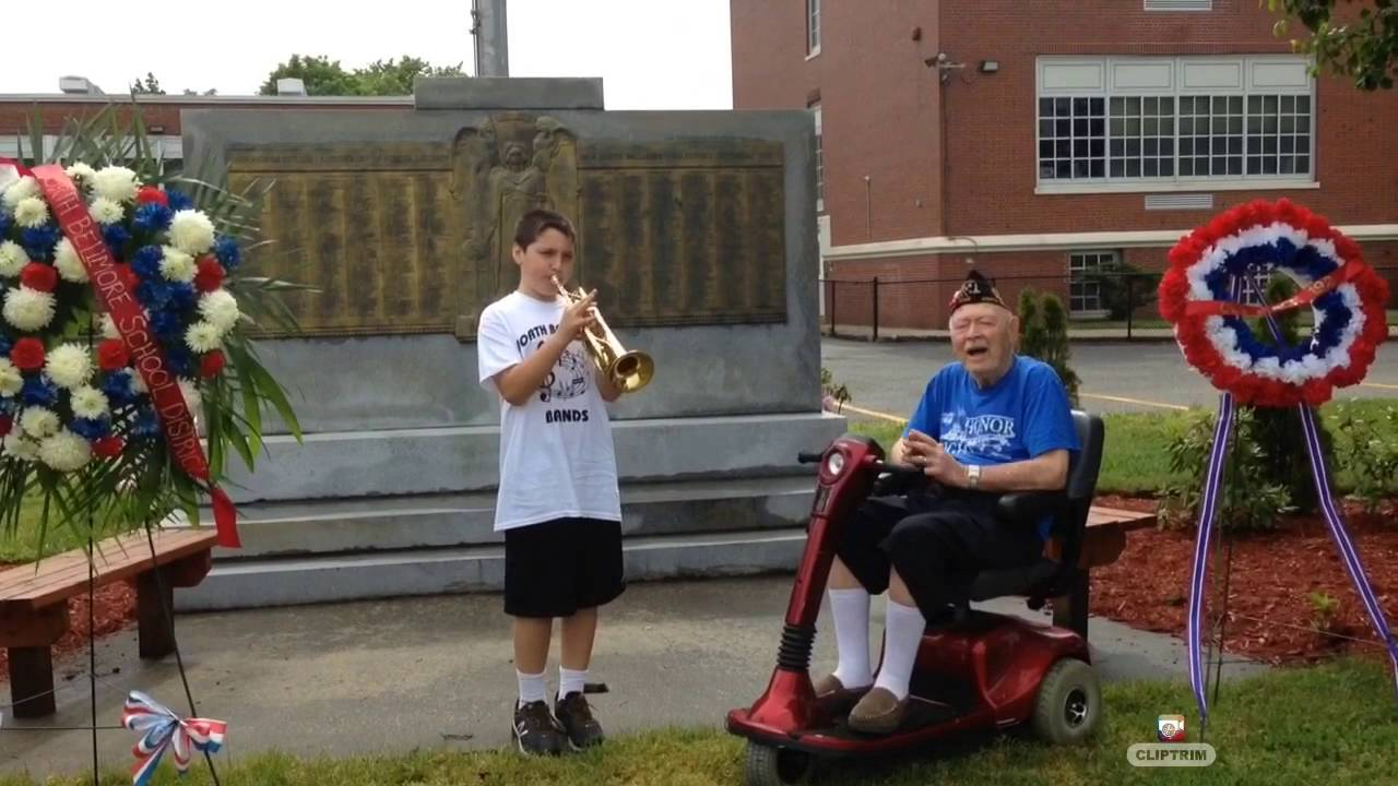 A Vet Showed Up To A Cancelled Memorial Day Parada So A Kid Put On A Show For Him