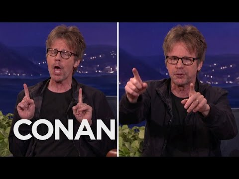 Dana Carvey Performs Hilarious Trump, Bernie, And Hillary Impressions