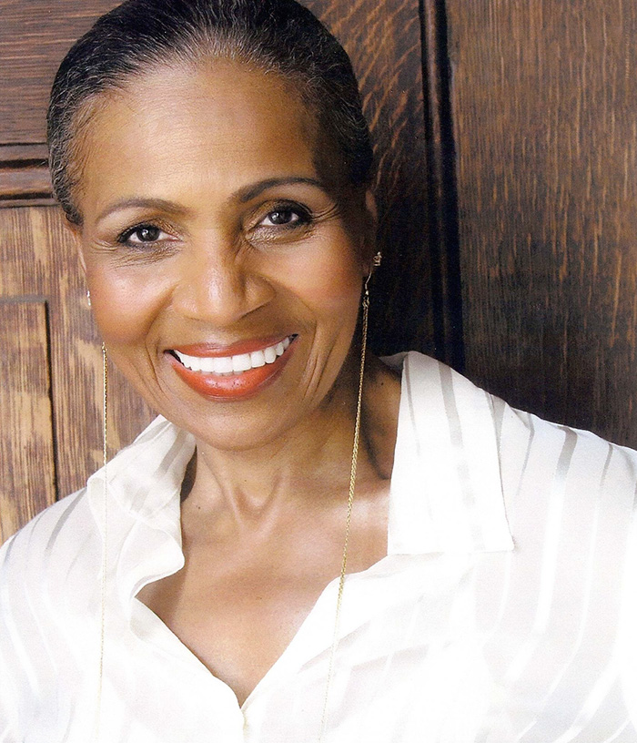 oldest-female-bodybuilder-grandma-80-year-old-ernestine-shepherd-1