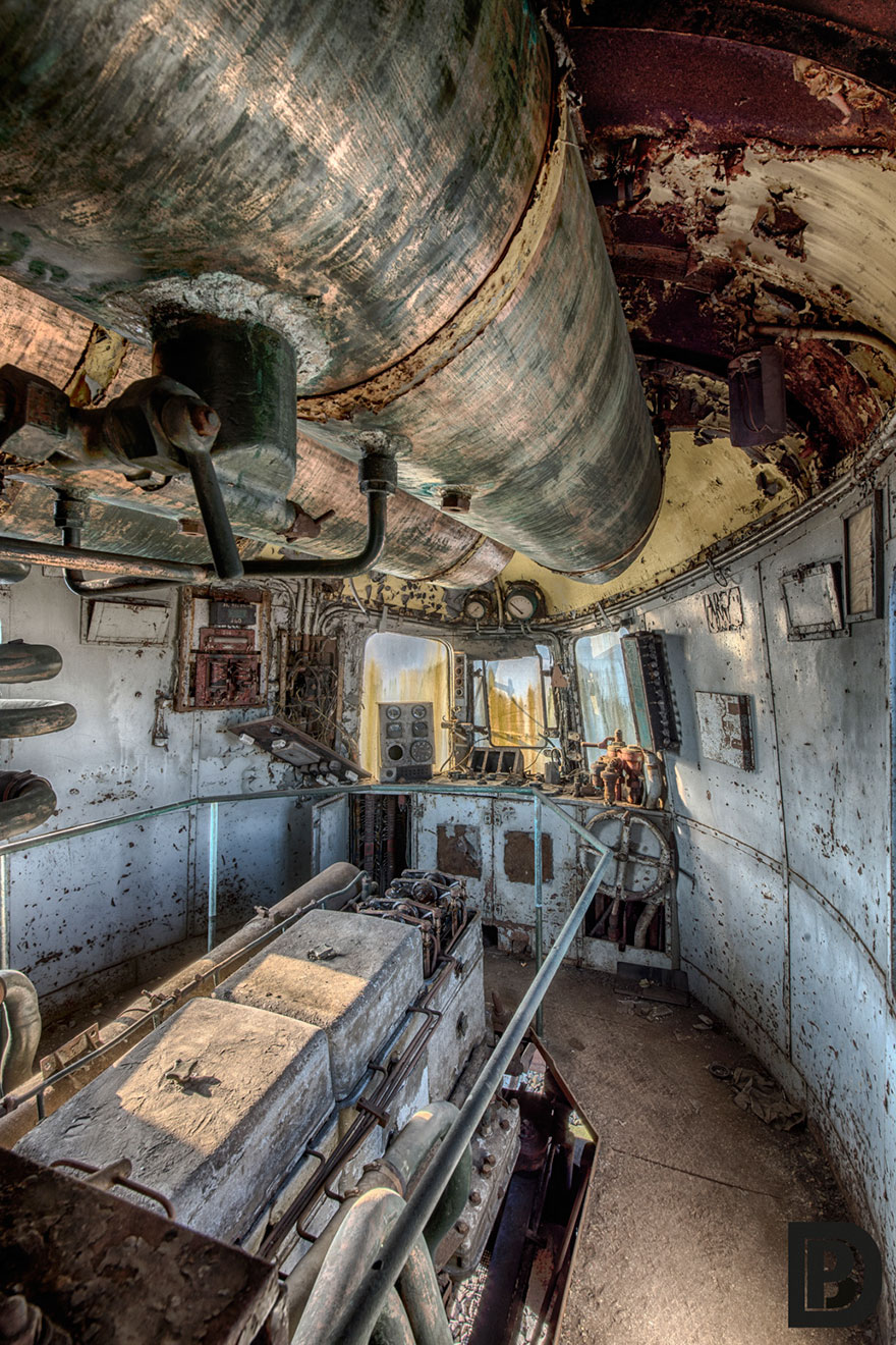 abandoned-orient-express-train-urban-exploration-brian-belgium-5