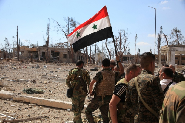 MIDEAST-CRISIS/SYRIA-ALEPPO -- Syrian national flag -- Sept. 5, 2016