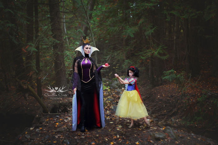 Disney-princesses-cosplay-mom-daughter-camillia-courts-layla