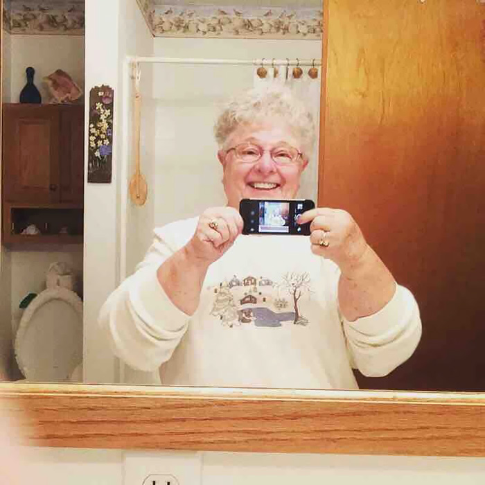 My Grandma Took Her First Selfie Today. She's Using The Front Camera To Take A Mirror Selfie