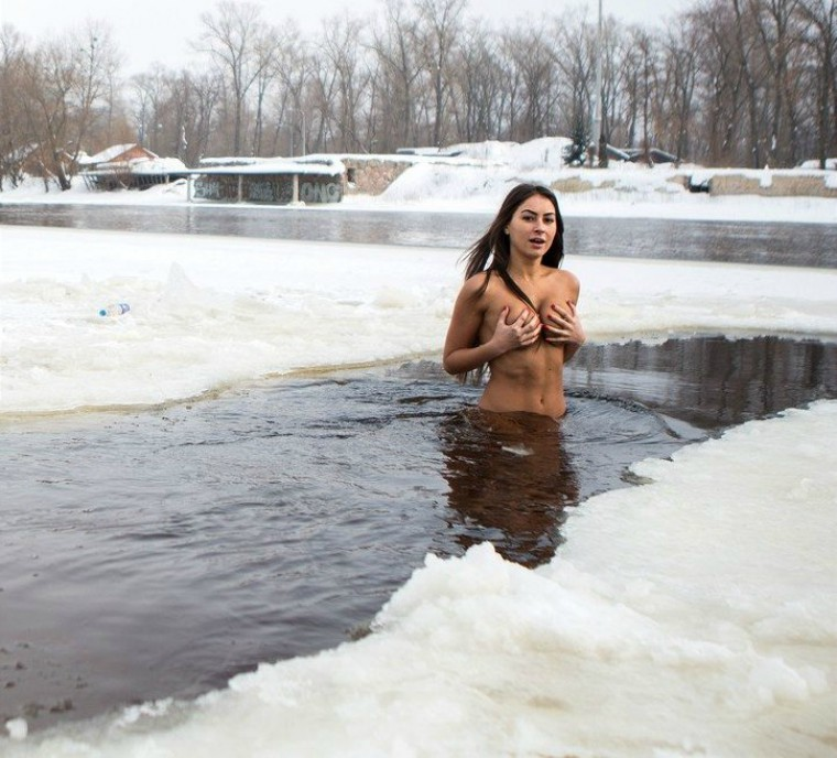 Share Naked girls ice water