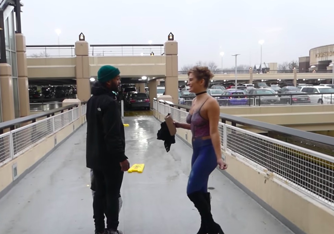 Woman Wearing Nothing But Body Paint Goes On Tinder Date ...
