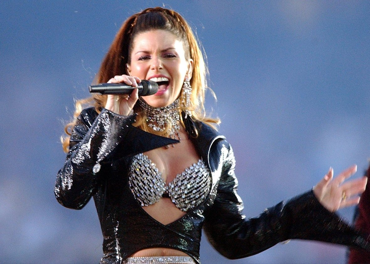 Shania Twain performs during the halftime show of Super Bowl XXXVII
